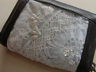 革財布の部分